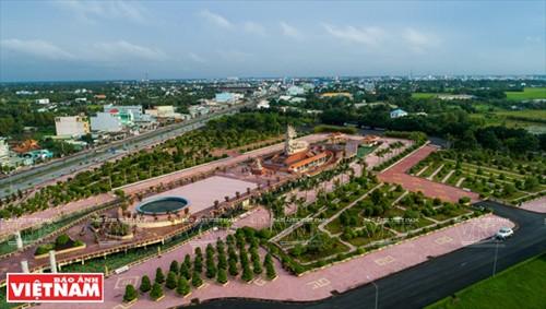 Trung tâm thành phố Tân An, thủ phủ của tỉnh Long An. Ảnh: Nguyễn Luân
